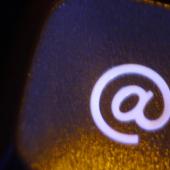 Hogyan készítsek Wezzpage-es e-mail címet?
