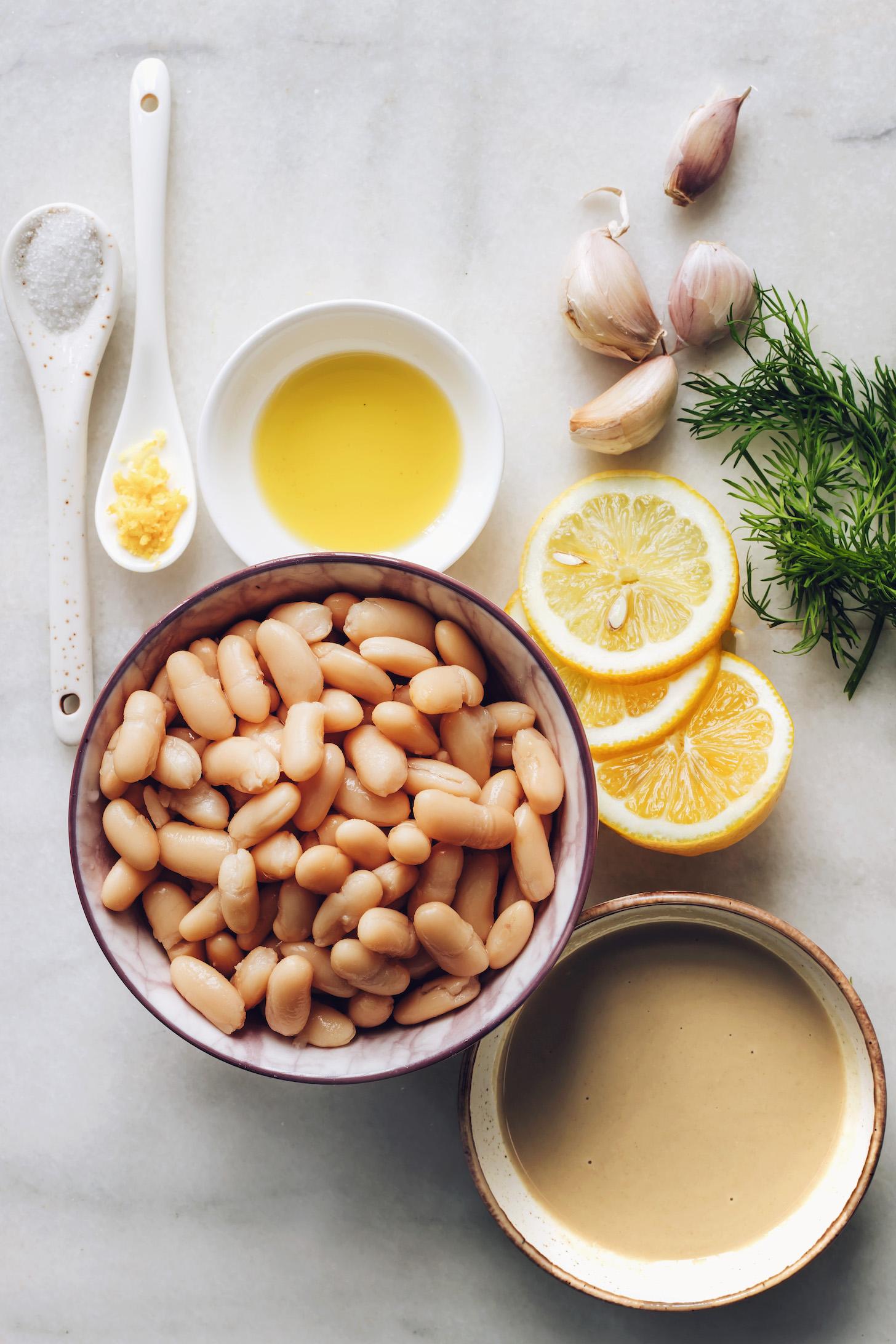 Tengeri só, citrom, fehérbab, tahini, olívaolaj, fokhagyma és kapor