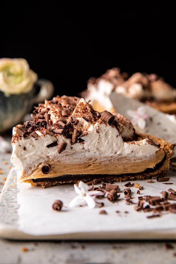 Vintage csokoládé földimogyoró vajas pite    halfbakedharvest.com