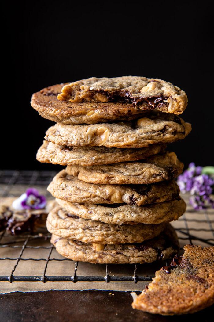 oldalsó szögletes fotó a Magic Chocolate Chip Cookie stackből