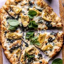 Spenót és articsóka pite sajtos kenyér kéreggel  halfbakedharvest.com