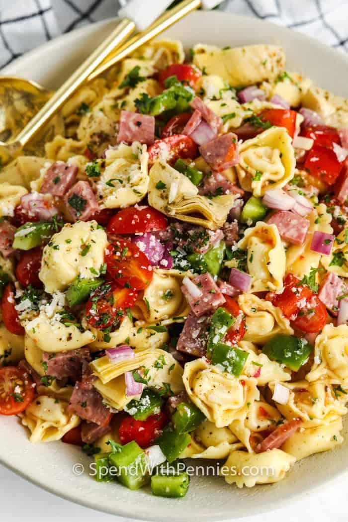 zár-megjelöl-ból olasz tortellini saláta