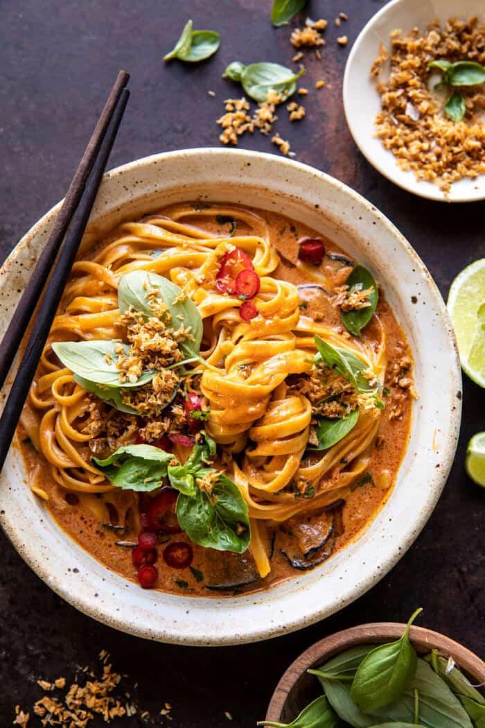 20 perces vörös curry tészta, sült kókusz fokhagymával
