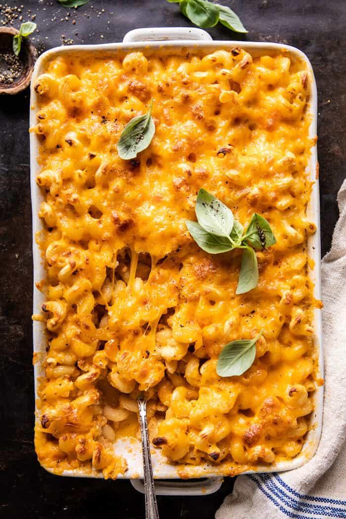 Könnyű déli stílusú sült mac és sajt |  halfbakedharvest.com