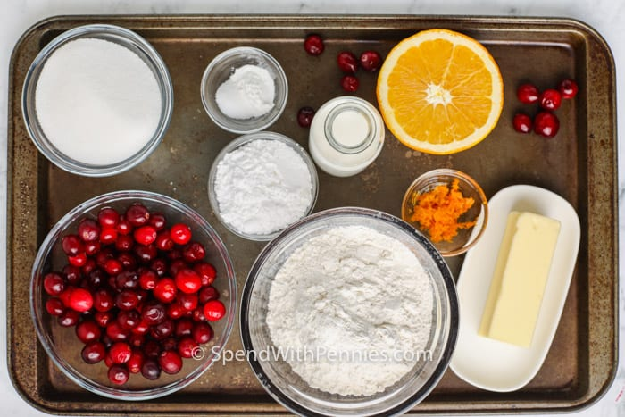 összetevők a vörösáfonya narancs kenyér elkészítéséhez