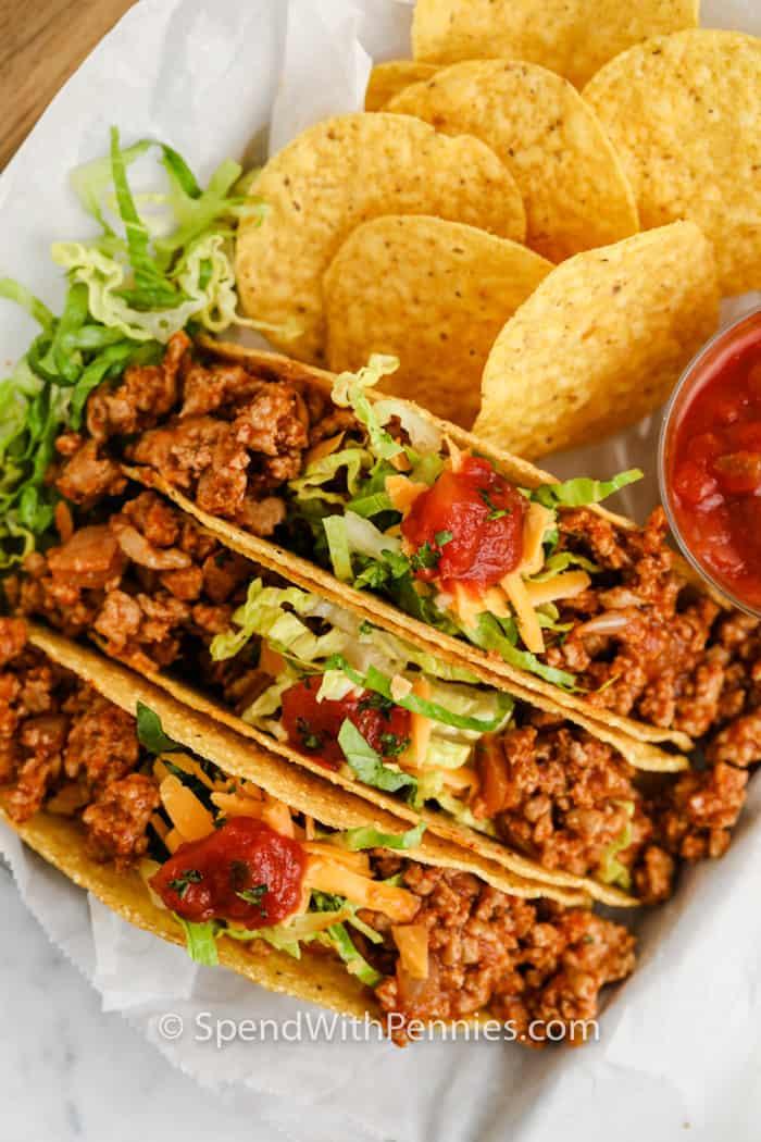 felülnézet a bevont Easy Turkey Tacos