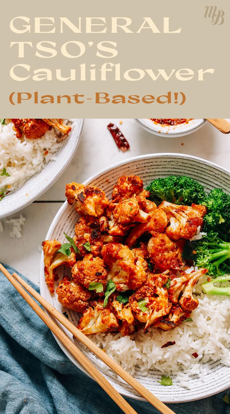 Tányér növényi alapú általános tso karfiol brokkolival és jázmin rizzsel