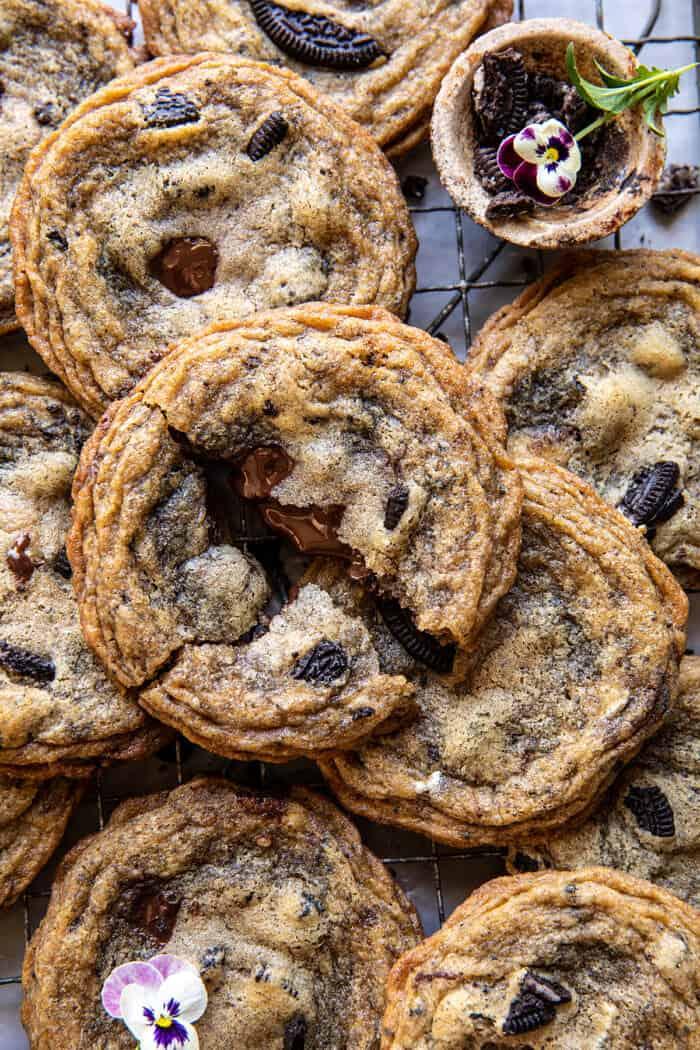 Cookie-k és krémcsokoládé-sütik |  halfbakedharvest.com