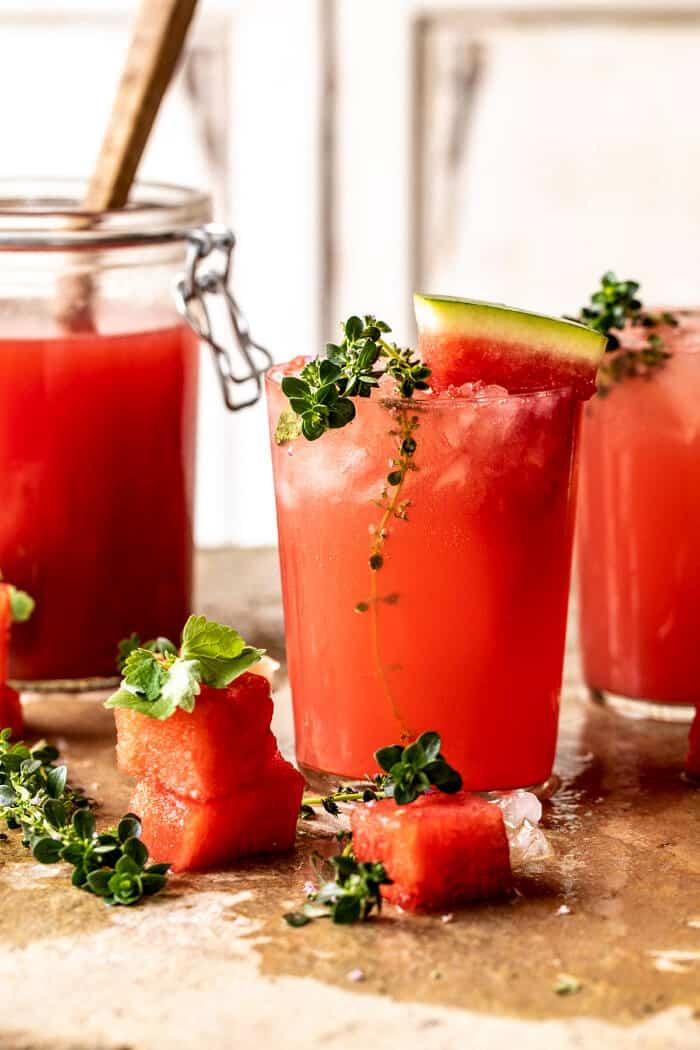 Citrom-kakukkfű vodka görögdinnye limonádé  halfbakedharvest.com