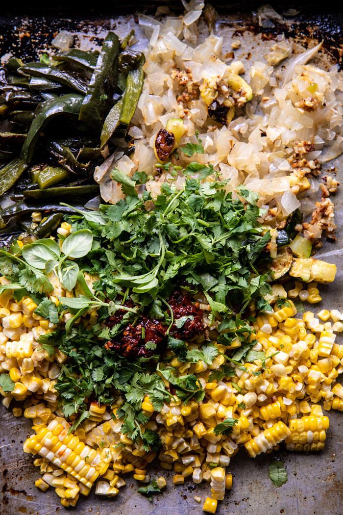 Lapos sajtos Poblano kukorica Enchiladas  halfbakedharvest.com
