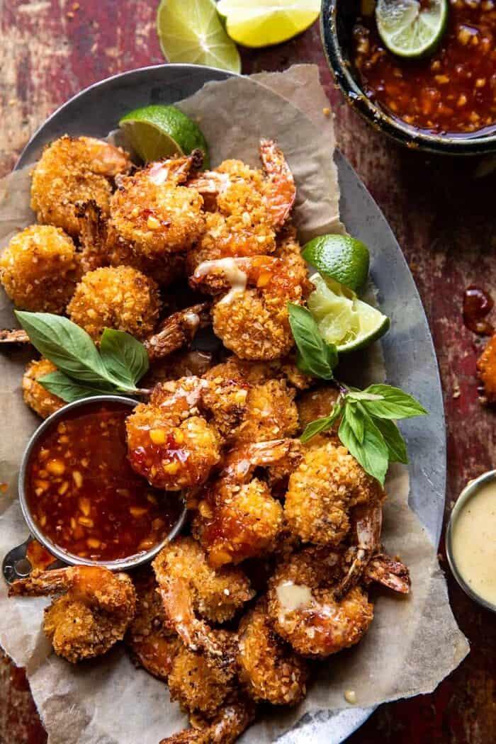 Sütőben sült kókuszos garnélarák thai ananászos chili mártással  halfbakedhavest.com