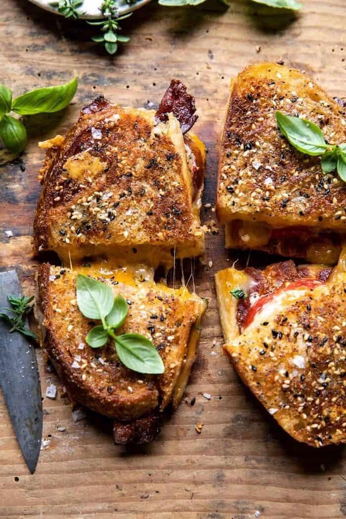 Minden Cheddar paradicsomos szalonna grillezett sajt    halfbakedharvest.com