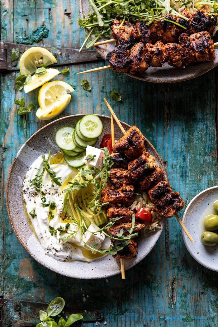 Görög citromos csirketálak pörkölt menta istennőmártással    halfbakedharvest.com # csirke # grillezett # egészségreceptek # tengeri receptek