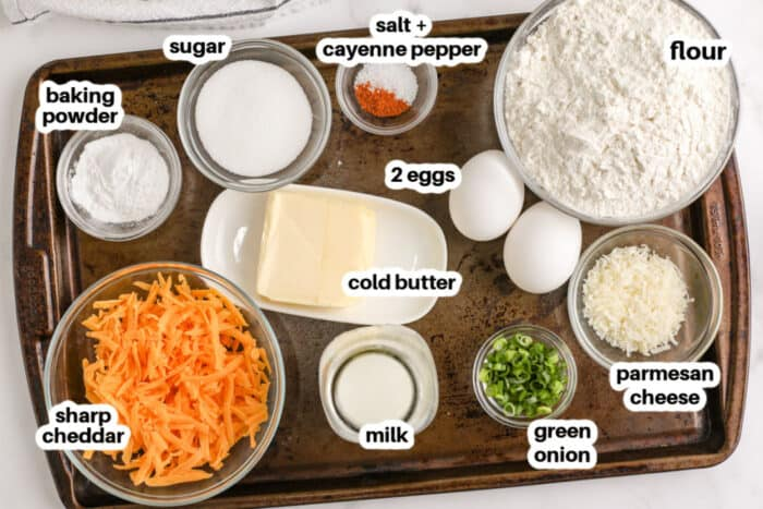 összetevőket, hogy a sajt Muffin címkékkel