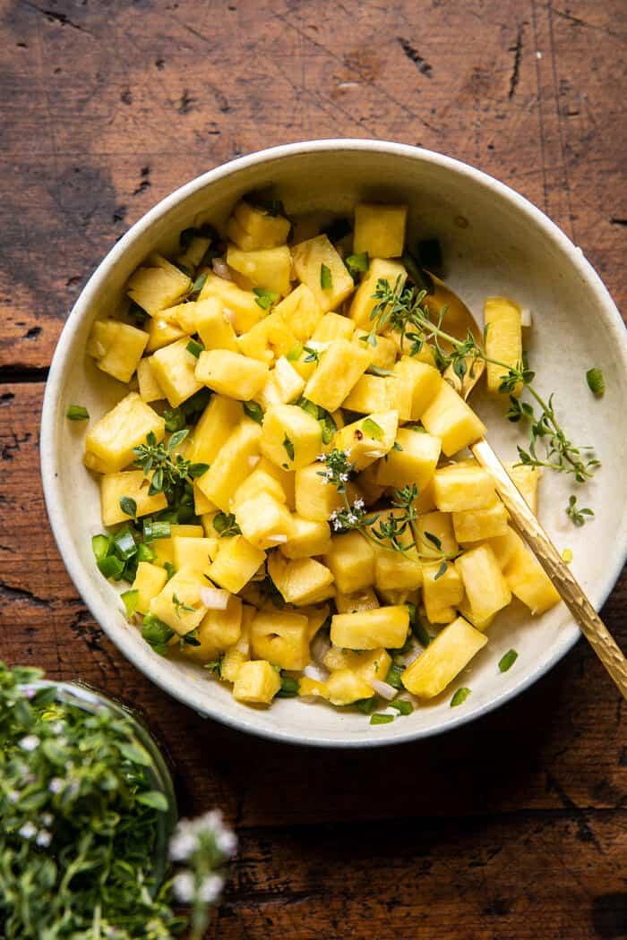 30 perces ananászcsirke kókuszos rizzsel    halfbakedharvest.com