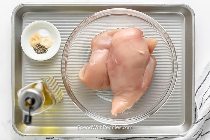 Hozzávalók a sütőben apróra vágott csirke elkészítéséhez