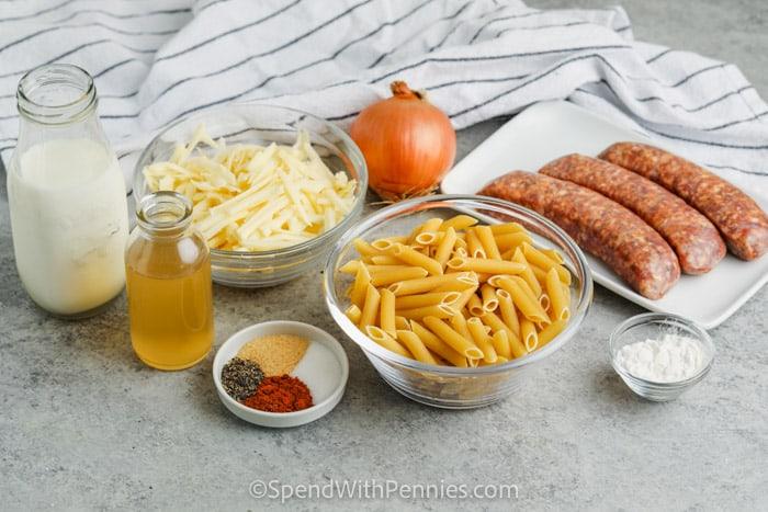 hozzávalók a kályha Top 3 sajtos tésztához kolbásszal