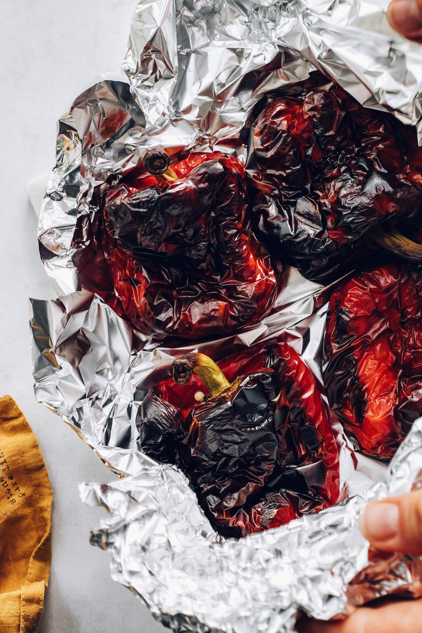 Pirított piros kaliforniai paprika fóliában