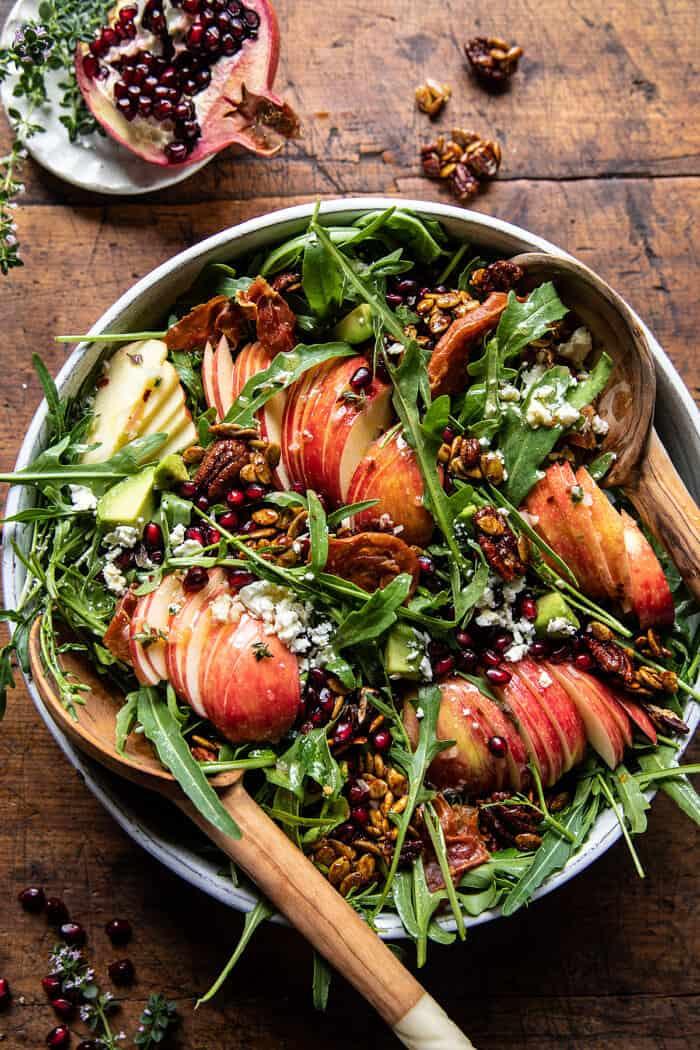 Őszi szüreti mézes alma és fetasaláta |  halfbakedharvest.com