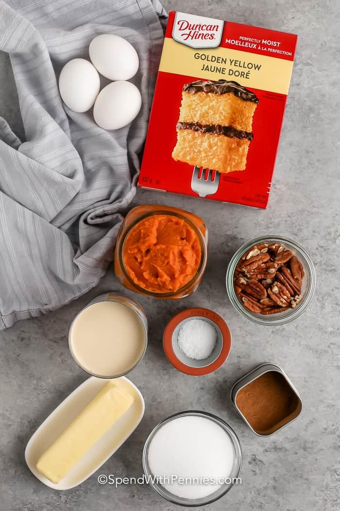 hozzávalókat összegyúrva sütőtök Crunch Cake