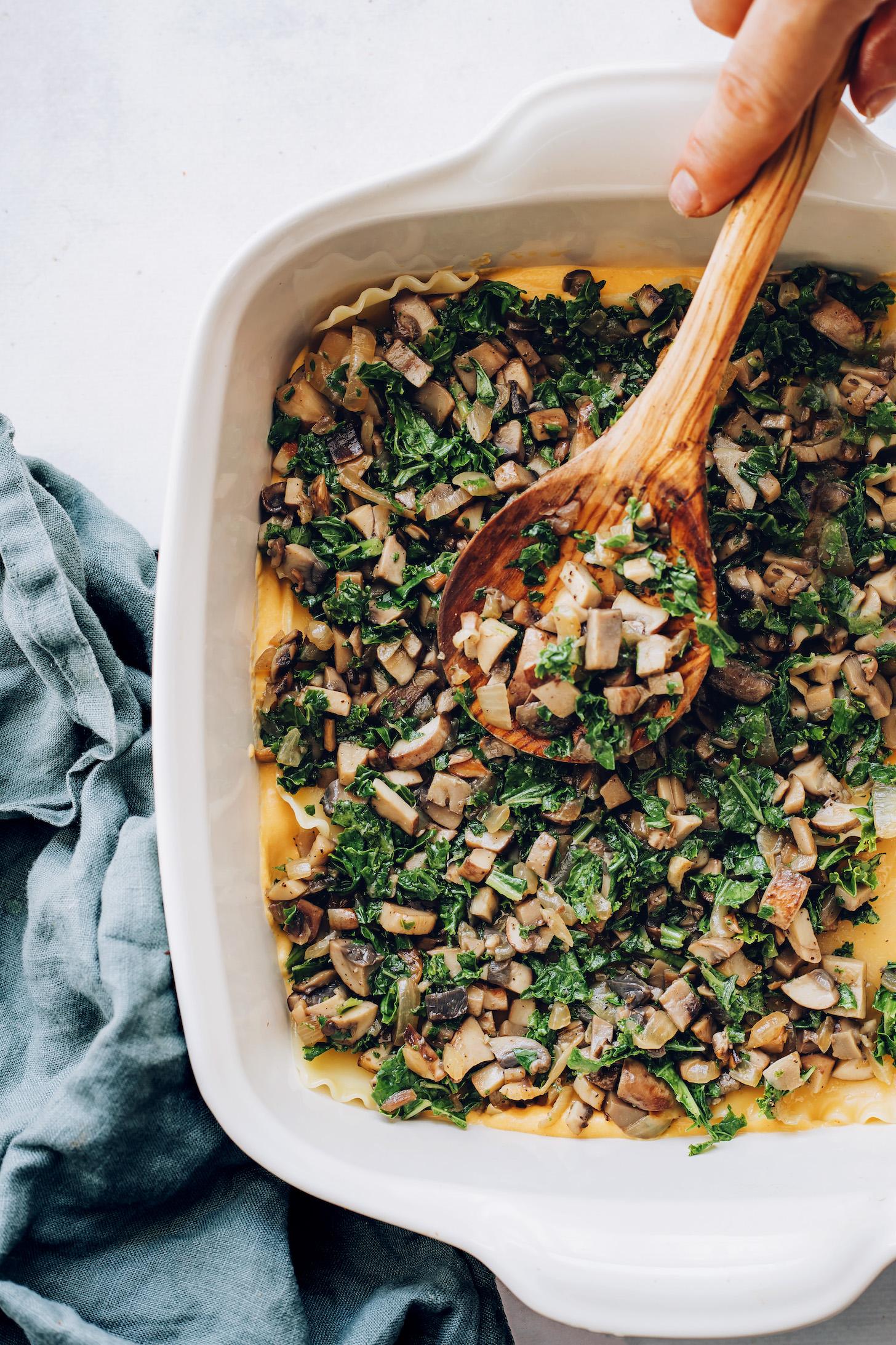 Réteges gomba kelkáposzta töltelék lasagne tésztával